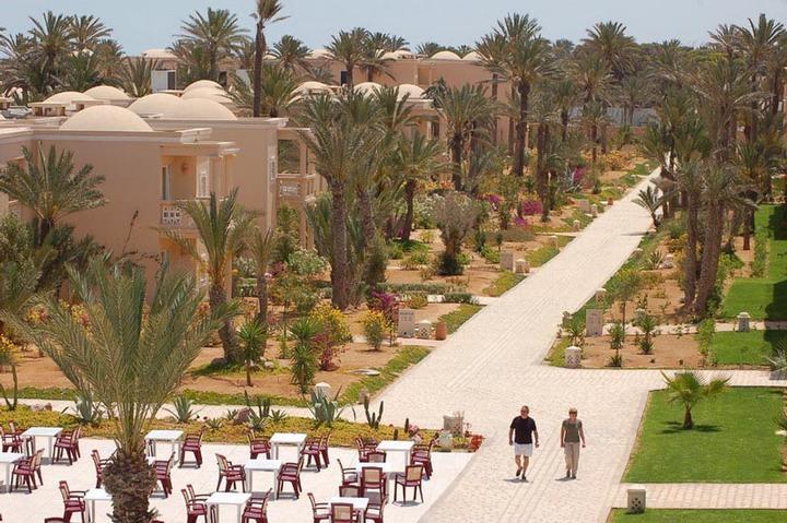 Po itnice tunizija zarzis hotel zita beach resort 4 for Hotels zarzis